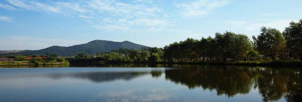 马耳山秋月湖