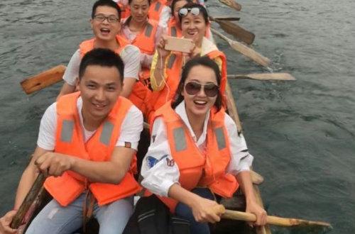 拥抱青春,相约石燕湖——县职专青年教工团支部赴石燕湖开展素质拓展训练活动