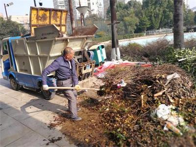 太平街道千余人参与冬季爱国卫生环境整治