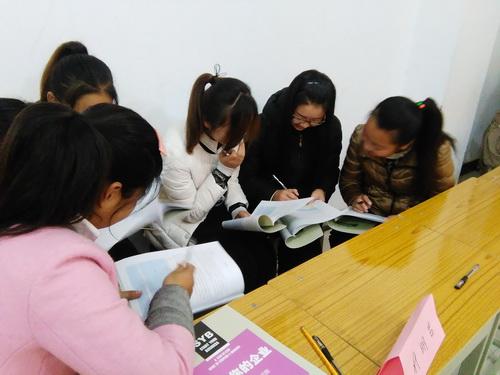 淇县职专承担2015年县十项重点民生工程项目