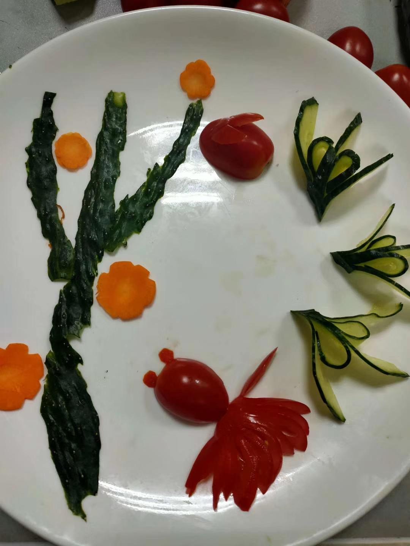 龙泉寺成人学校举办中式烹饪培训班
